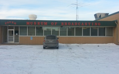 Before CES, I visited Minnesota and saw this amazing museum that really needs to have every single person go through it. It is SO awesome. THERE IS AN ORIGINAL THERMIN INSIDE AND YOU CAN PLAY IT!